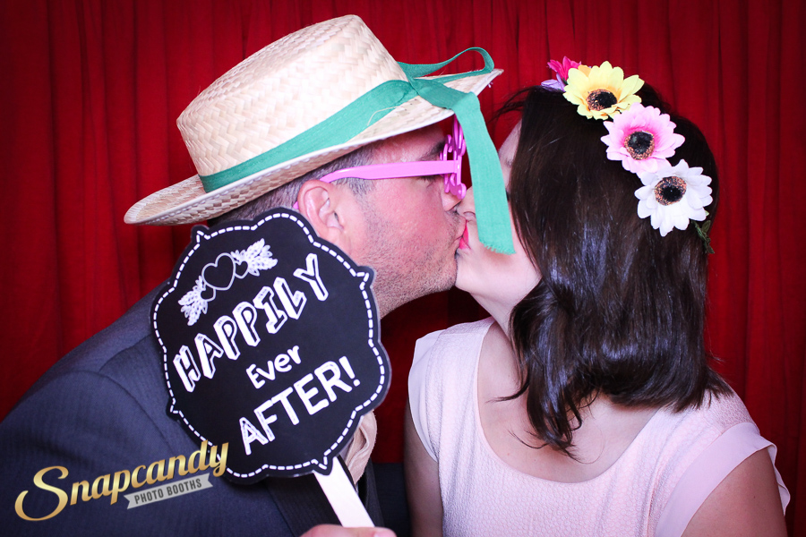 happily ever after photo booth couple